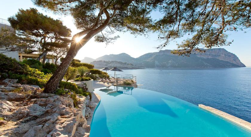 Hotel Les Roches Blanches Cassis In France Room Deals Photos