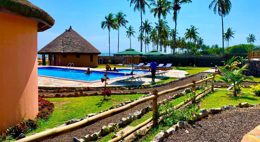 Lemon Beach Resort Elmina Booking