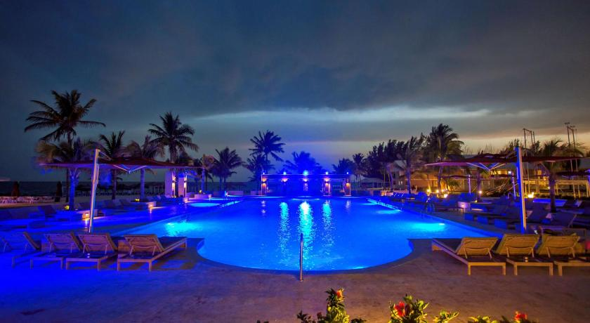 Best time to travel Lucaya Viva Wyndham Fortuna Beach All Inclusive