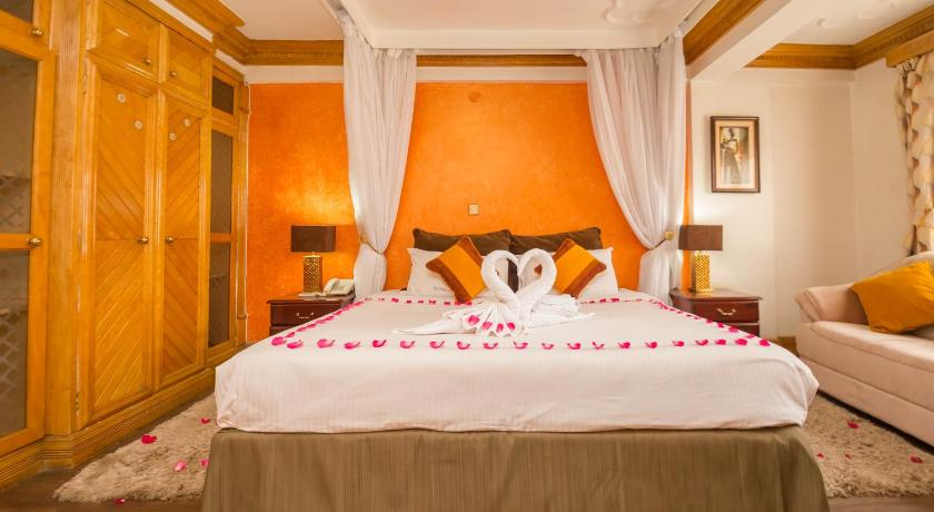 Best time to travel Nairobi Marble Arch Hotel
