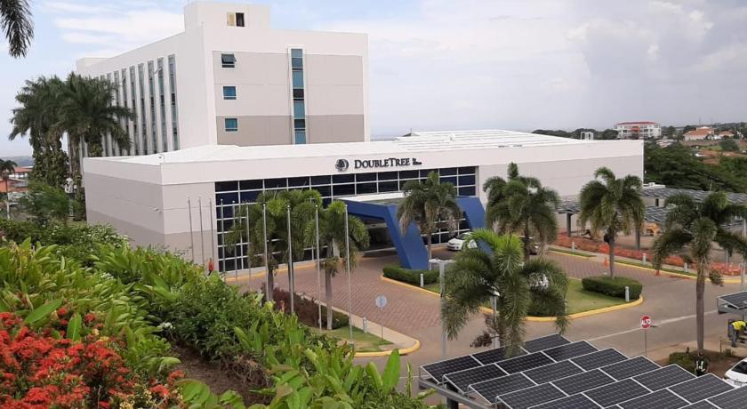 Doubletree By Hilton Managua Formerly Hotel Villa Fontana