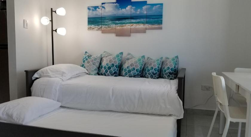 Isla Verde Gem at Saint Tropez Beach Access