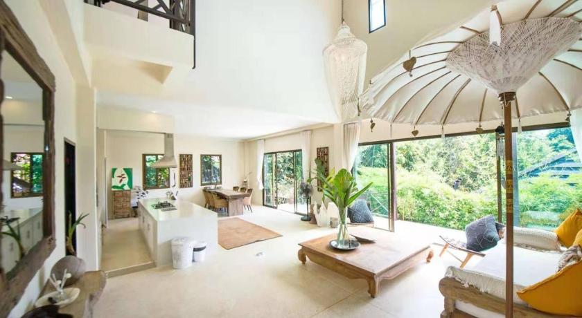 Teak Hill Pool Villa-Rosewood