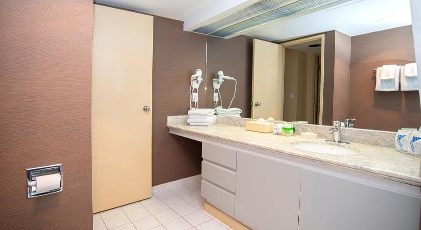 Landis Hotel & Suites Main image 2