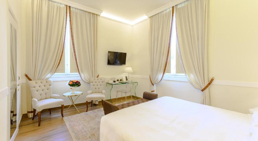 Hotel Kraft Historical Center Florence Room Deals