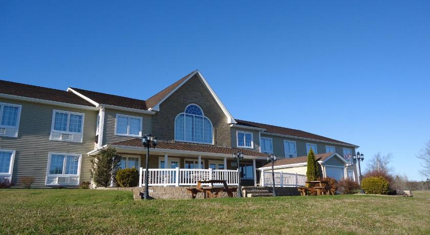 Best time to travel Canada Auberge Bouctouche Inn & Suites
