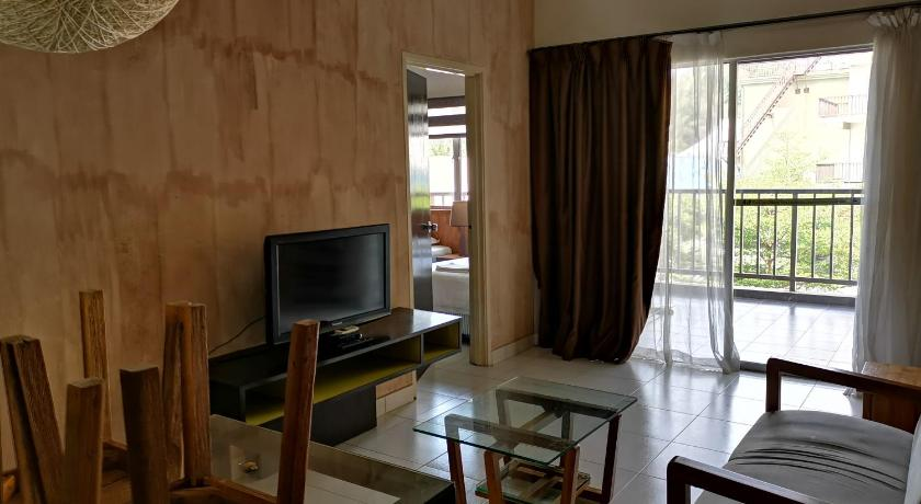 Gold Coast Morib Apartment 2room Guesthouse Bed And Breakfast Banting Deals Photos Reviews