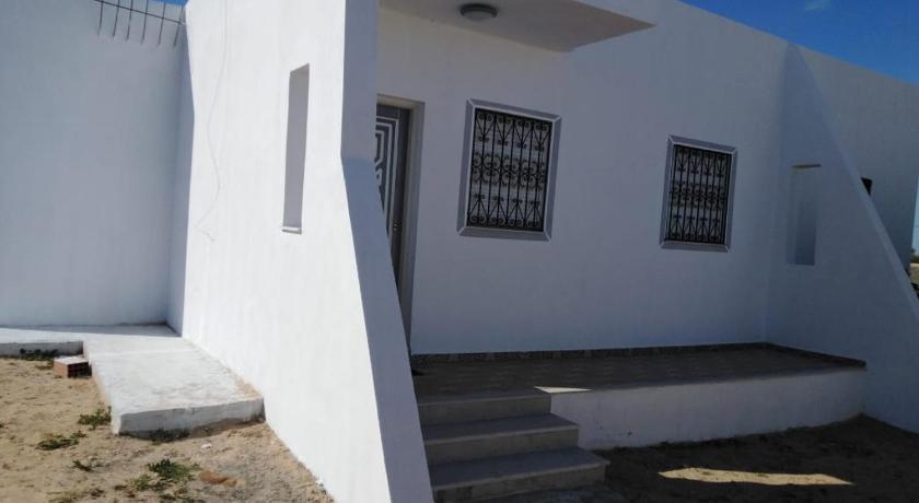 Best time to travel Tunisia LILLA