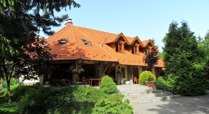 Best time to travel Újbuda Napkorong Fogadó és Vendégház