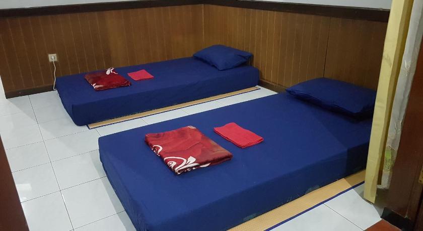Homeland Room & Backpacker Batu