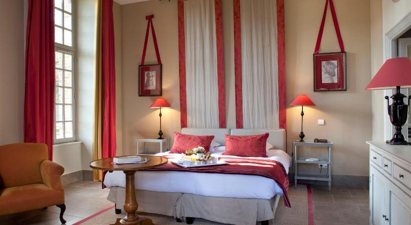Chateau D Augerville Hotel Augerville La Riviere Deals Photos