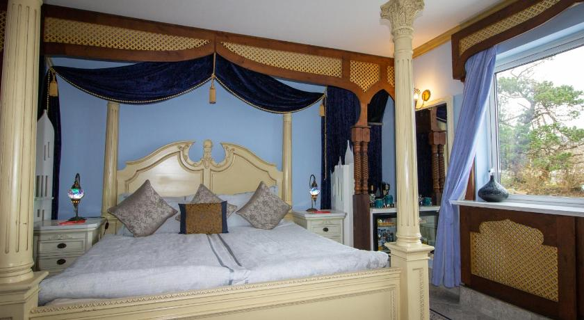 Ferndale Luxury Boutique Bed & Breakfast