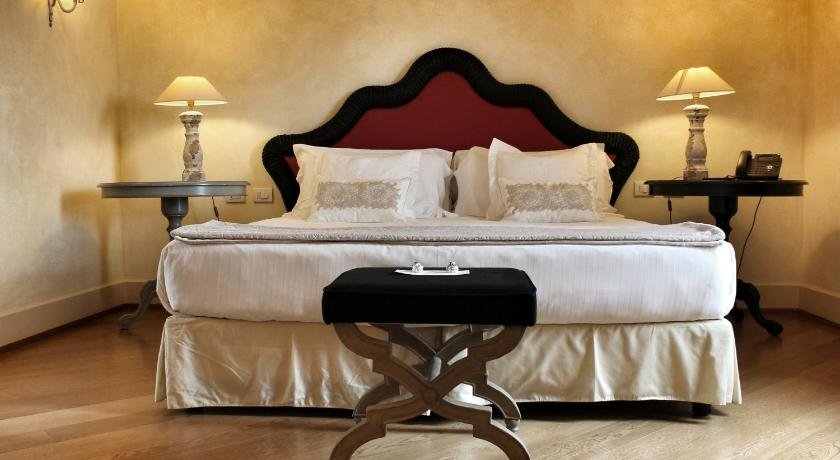 Best time to travel Italy Siri Hotel