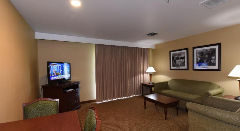 Best Western Plus Ahtanum Inn, K And K Furniture Yakima