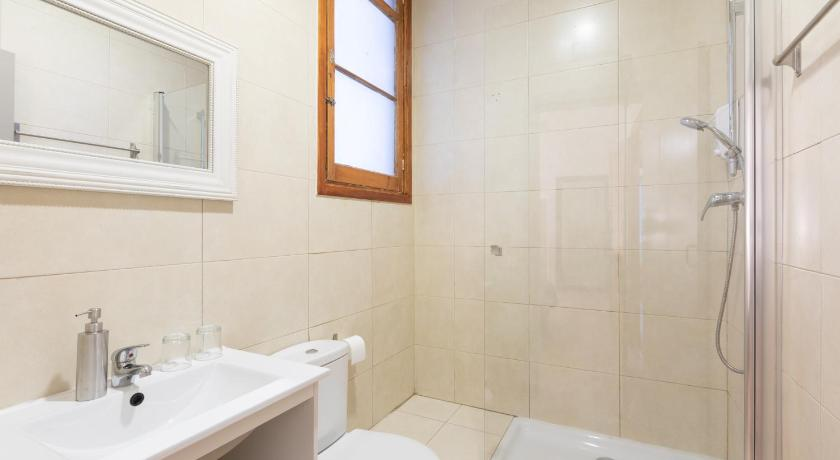 Casa Maca Guest House - Barcelona