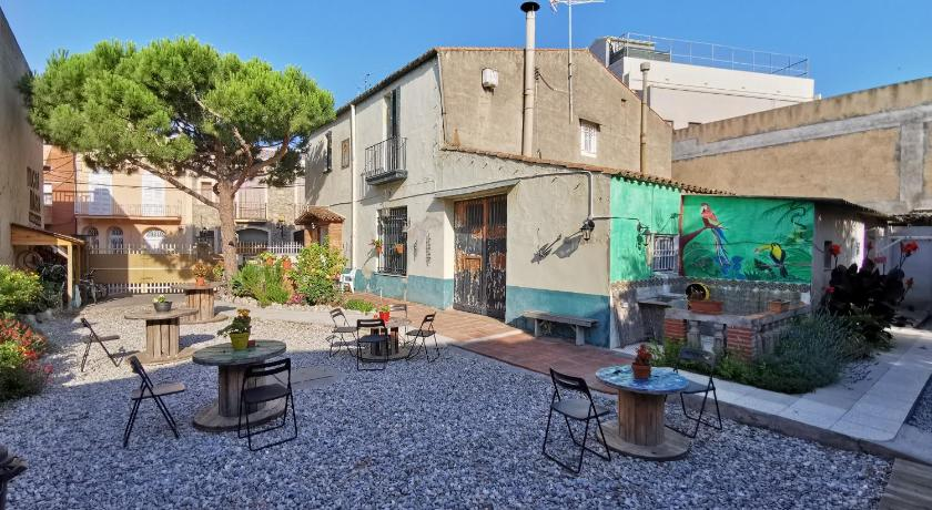 Mucha Masia Hostel Rural Urba - Barcelona