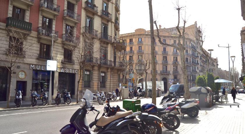 BizFlats Eixample Apartments - Barcelona