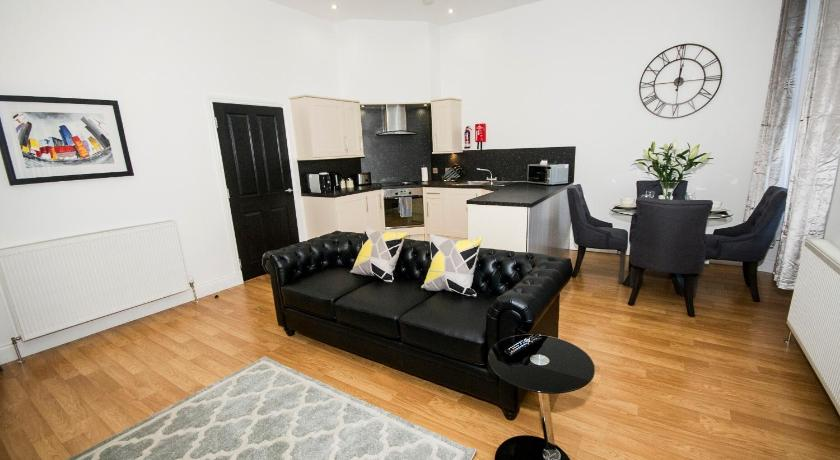 Best Price on Parkhill Luxury Serviced Apartments - City ...