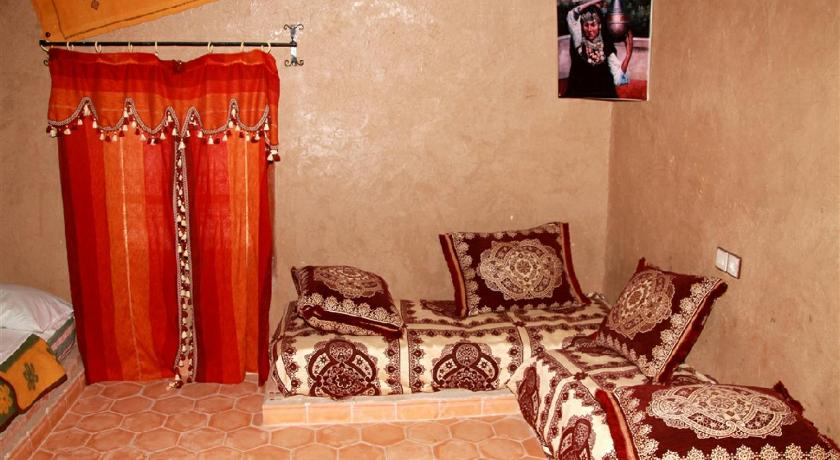 Best time to travel Morocco Auberge Akabar
