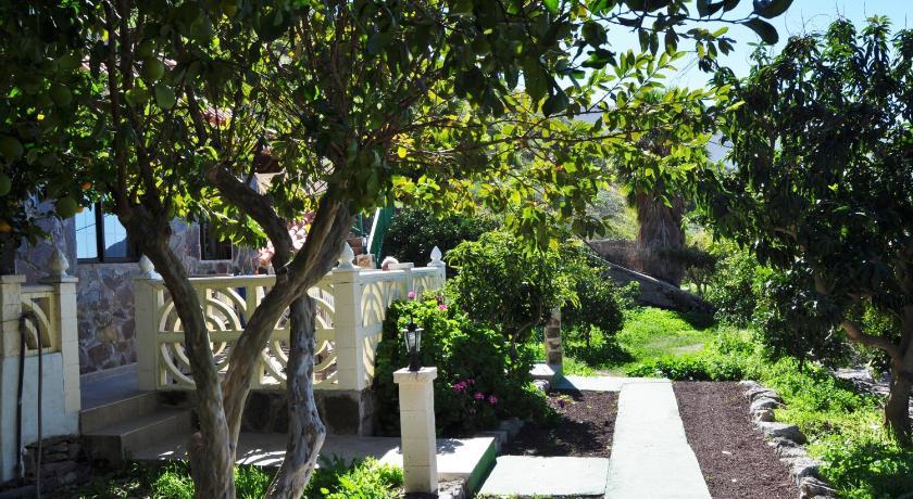 Best time to travel Gran Canaria Finca Tomás y Puri