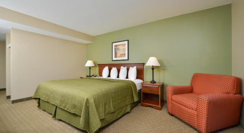 Quality Inn & Suites Near Fairgrounds & Ybor City (formerly Quality ...