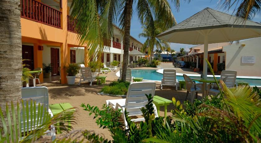 Aruba Quality Apartments & Suites Hotel (Oranjestad ...