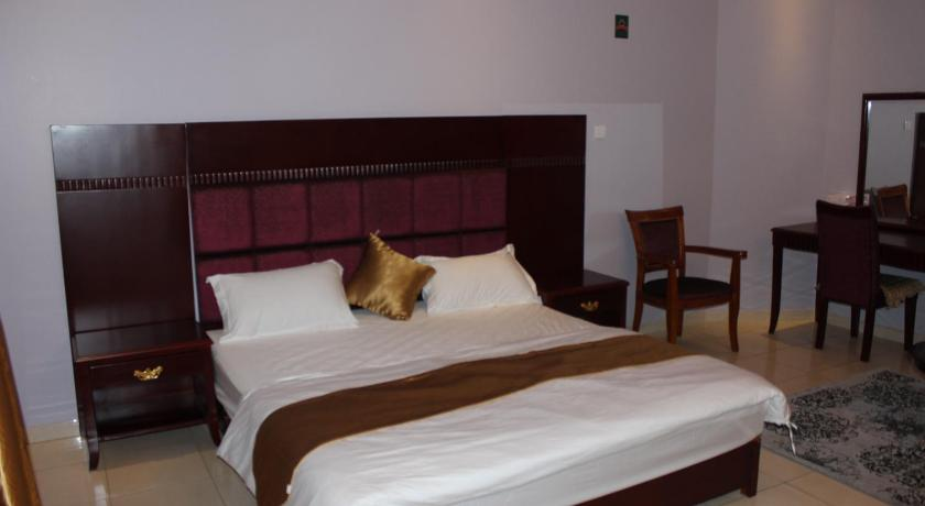 Suit Royal Standard Al Samia Hotel Apartments