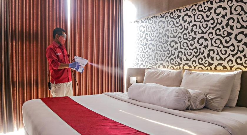 Viva Hotel Kediri by Azana