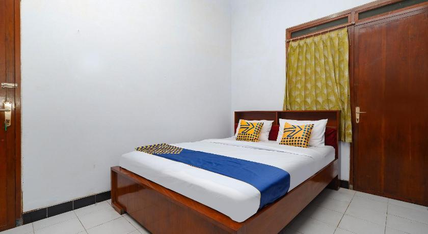 SPOT ON 2240 Simpang Tujuh Residence