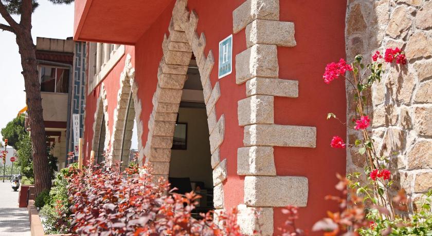 Best time to travel Costa Brava Hotel Vilassar