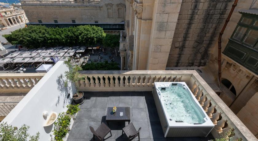 U Collection - a Luxury Collection Suites, Valletta