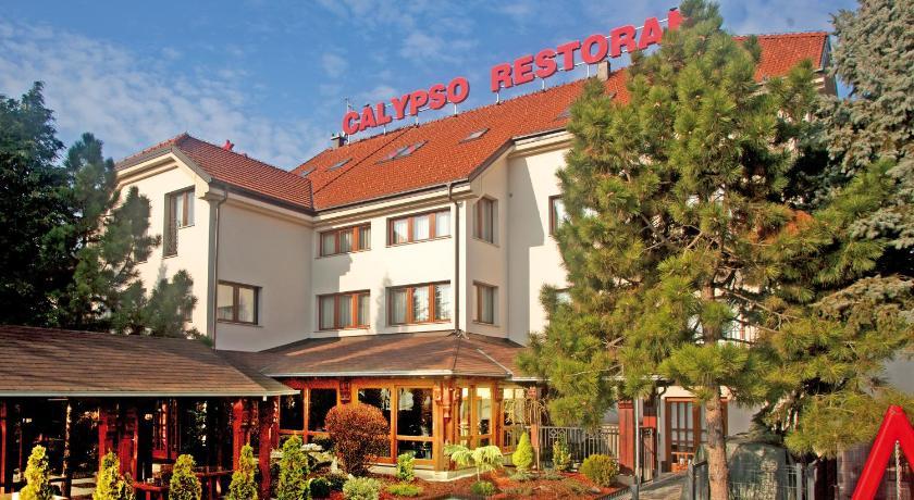 Best time to travel Zagreb - Centar Hotel Calypso