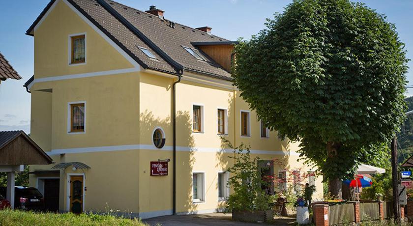 Strumpfhosen kontakte Deutschfeistritz, Steiermark - standardized-testing.com