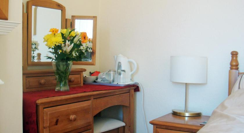 Double Room with Garden View - Ground Floor Harlequin Guest House Weymouth