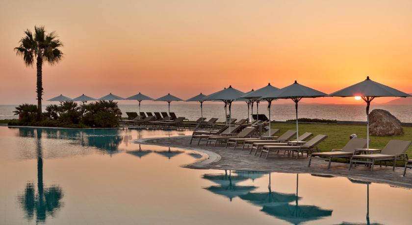 Neptune Hotel-Resort, Convention Centre & Spa