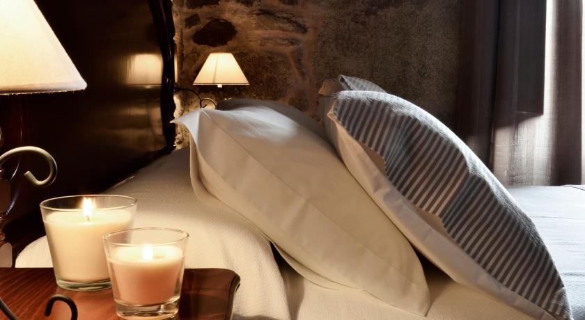 Best time to travel Santiago de Compostela Duerming Sete Artes Hotel Boutique
