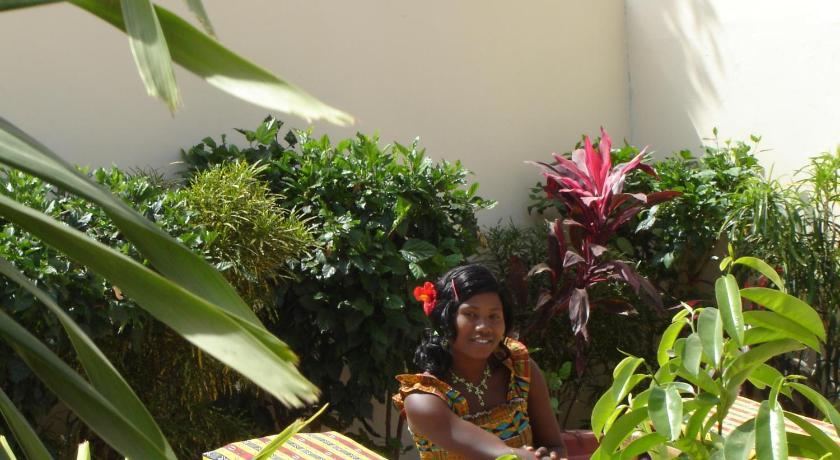 Best time to travel Bakau Kotu Island Lodge