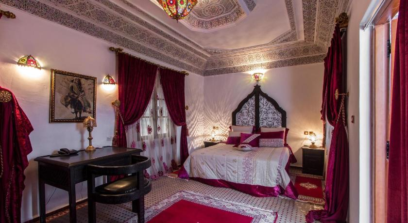 Best time to travel Morocco Riad Naila