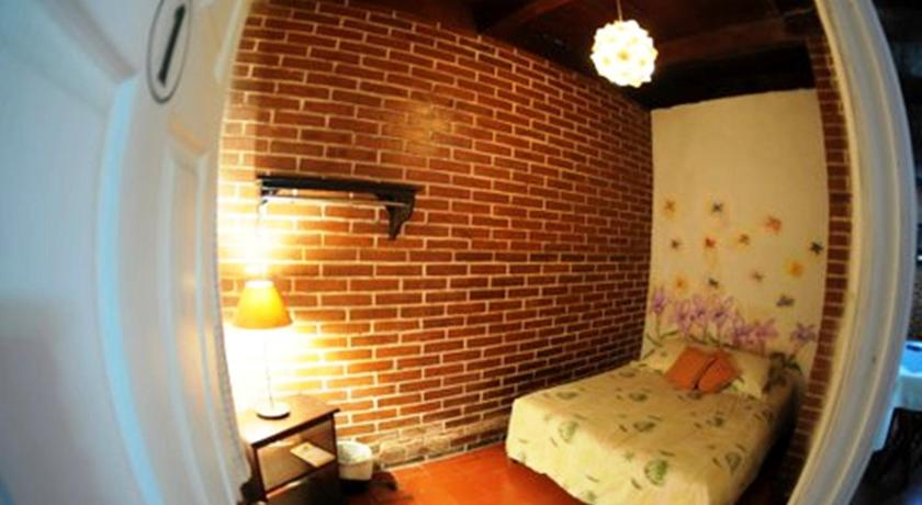 More about Hostel Casa Jacaranda