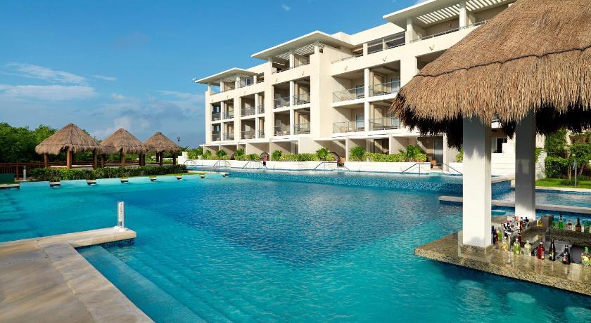 Best time to travel Mexico Royal Service at Paradisus La Perla
