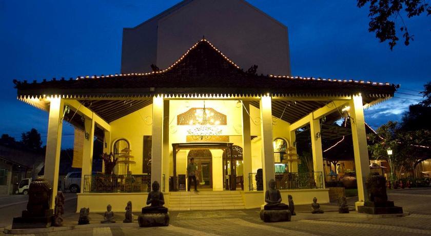 Sare Suite Prices Photos Reviews Address Indonesia