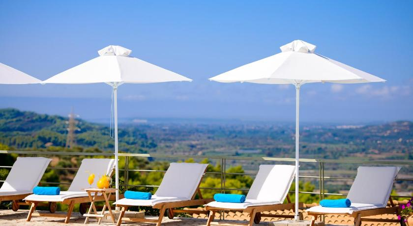 Best time to travel Greece Olympion Asty Hotel