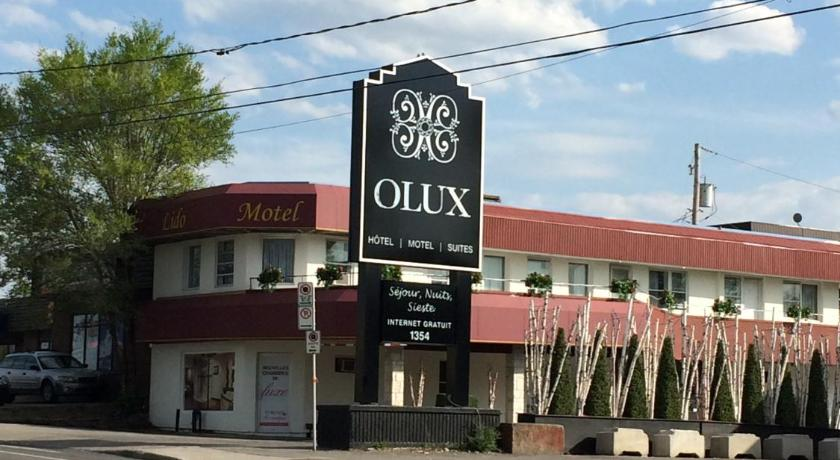 Best time to travel Canada Olux Hotel-Motel-Suites
