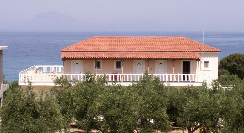 More about Kastro Beach Hotel