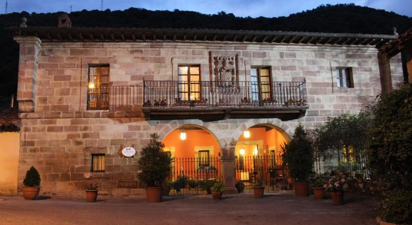 More about Casona De La Salceda