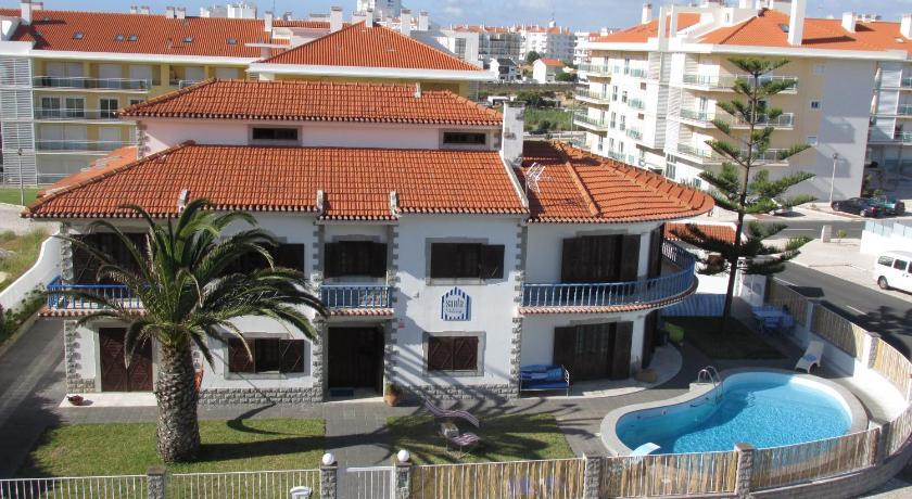 Best time to travel Costa de Prata Santa Beach House