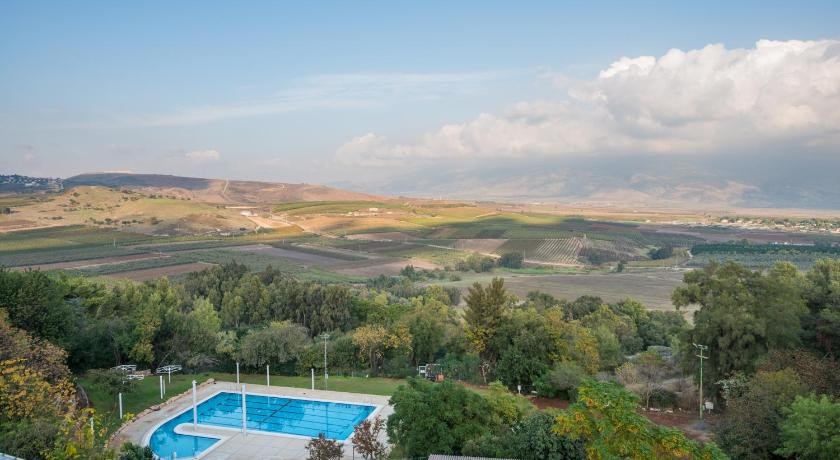 Best time to travel Israel Kfar Giladi Kibbutz Hotel