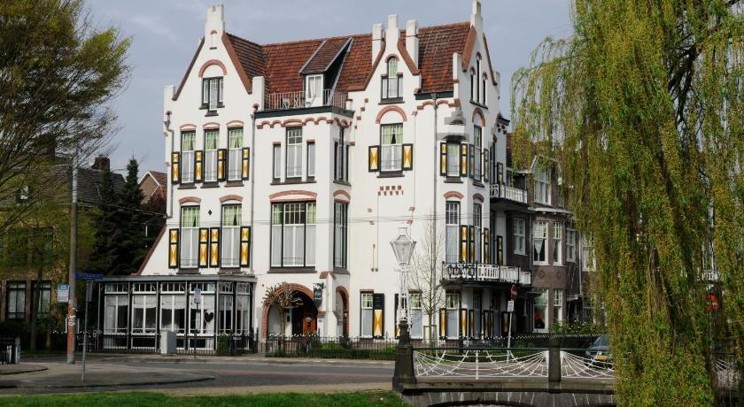 Best time to travel Netherlands Hotel Molendal