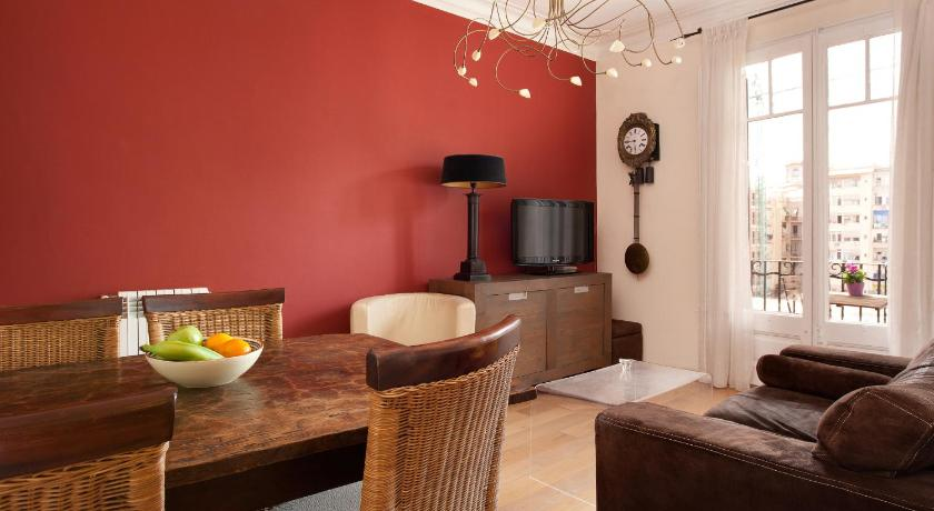 Enjoy Apartments Calabria - Barcelona