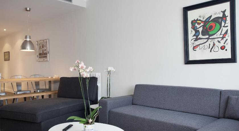 Consell de Cent Apartment - Barcelona